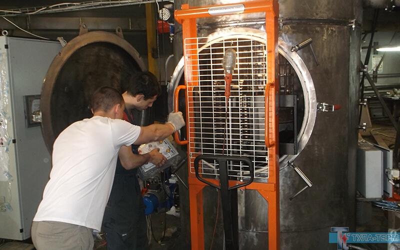 Проверка механизма перемещения корзины вакуумной печи типа СЭВ на сборочном производстве