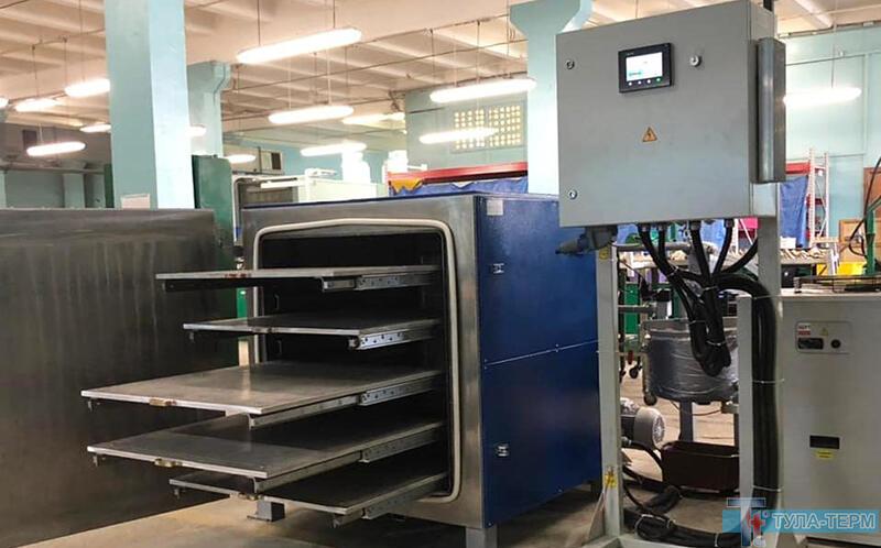Эксплуатация горизонтальной сушильной вакуумной камеры СНВС-512/0.8-И2-2В для быстрой сушки в вакууме термочувствительных элементов